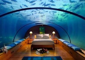 Необычный отель Poseidon Undersea Resort